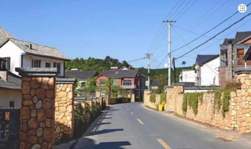乡村振兴:村落产业兴旺的田园综合体模式